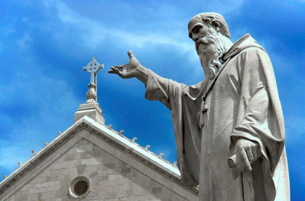 """L' """"ascoltare"""" come prologo della vita monastica"""